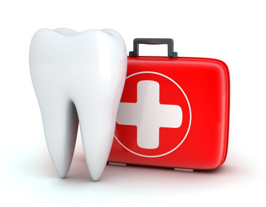 Image of a tooth with a first aid kit | Hermitage, PA | Thomas Family Dentistry