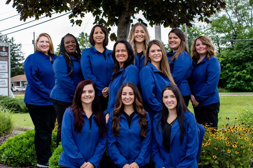 Entire staff of Thomas Family Dentistry in Hermitage PA